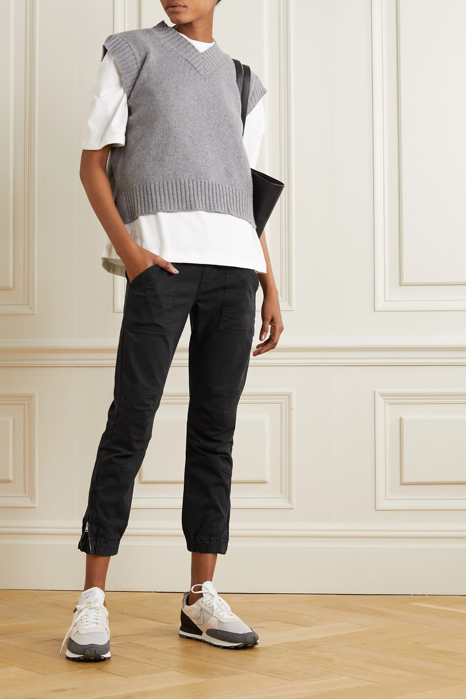 FRAME Paneled stretch-cotton tapered pants