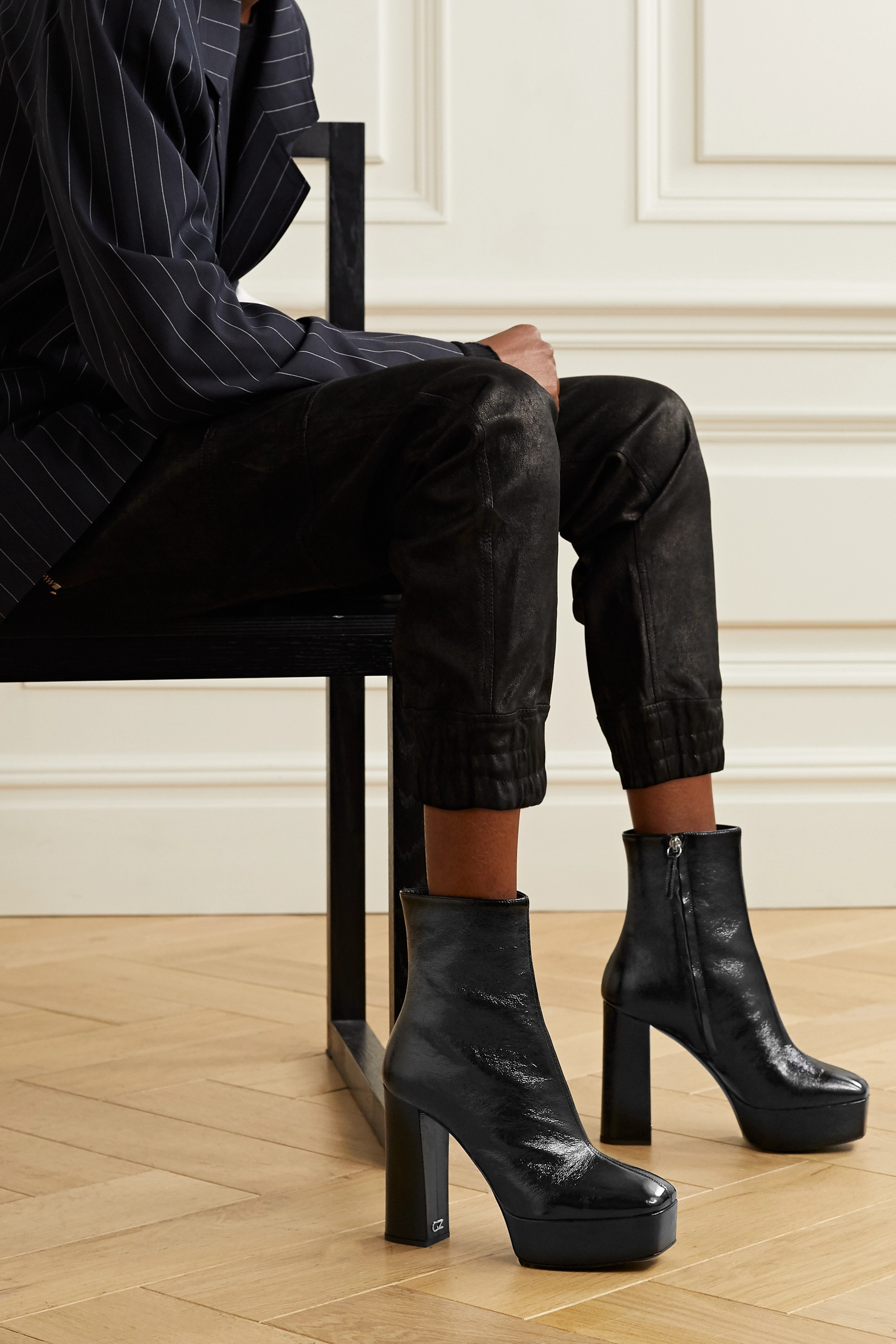 Black Rullino crinkled patent-leather