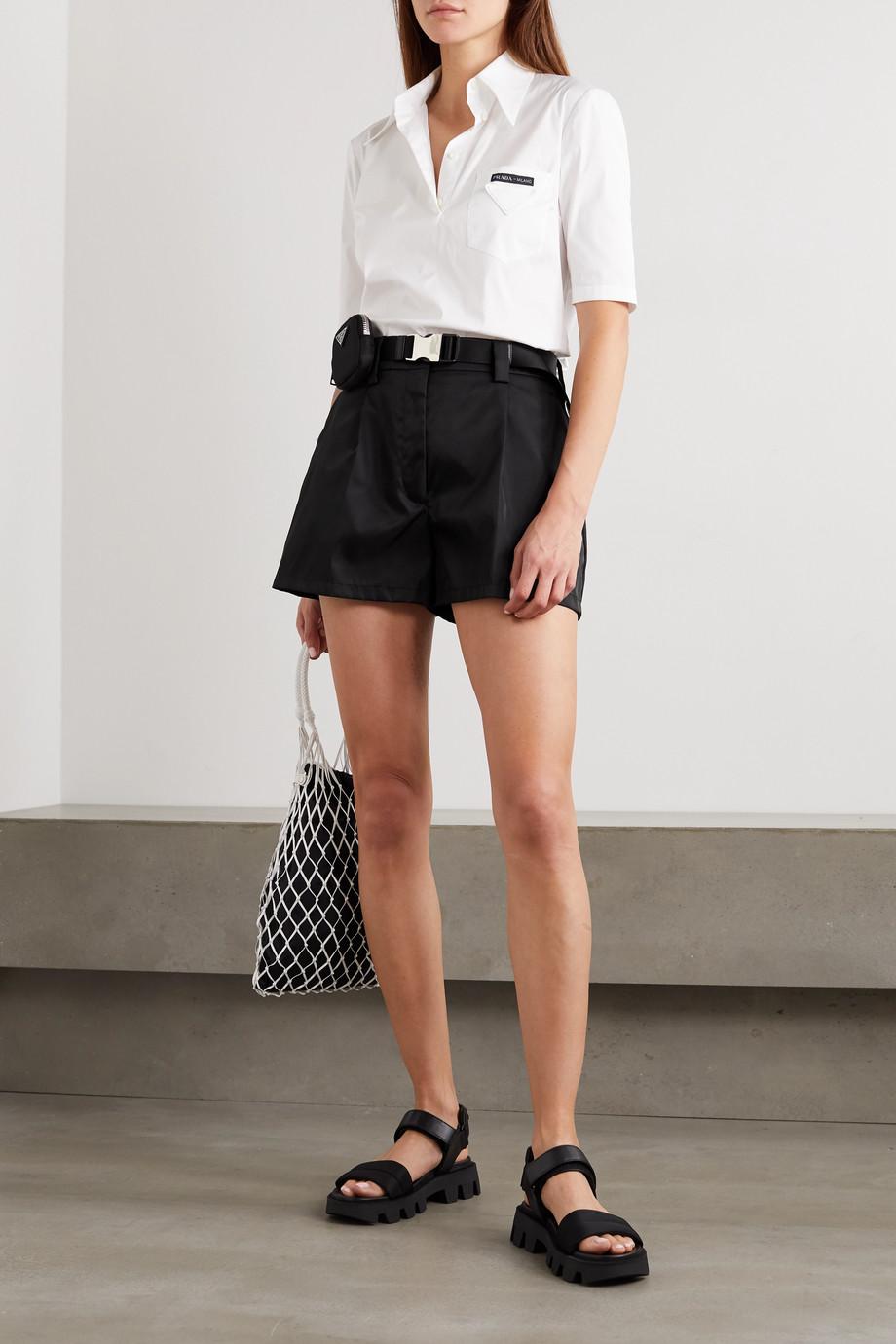 Prada Shorts aus Nylon mit Gürtel