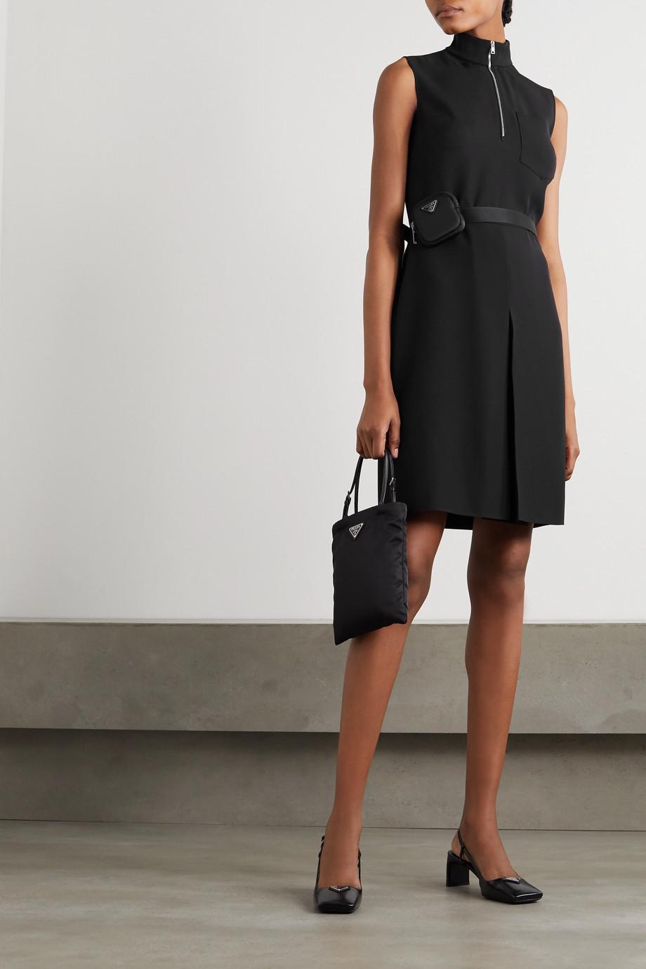 Prada Mini-robe en serge à ceinture et à ornements