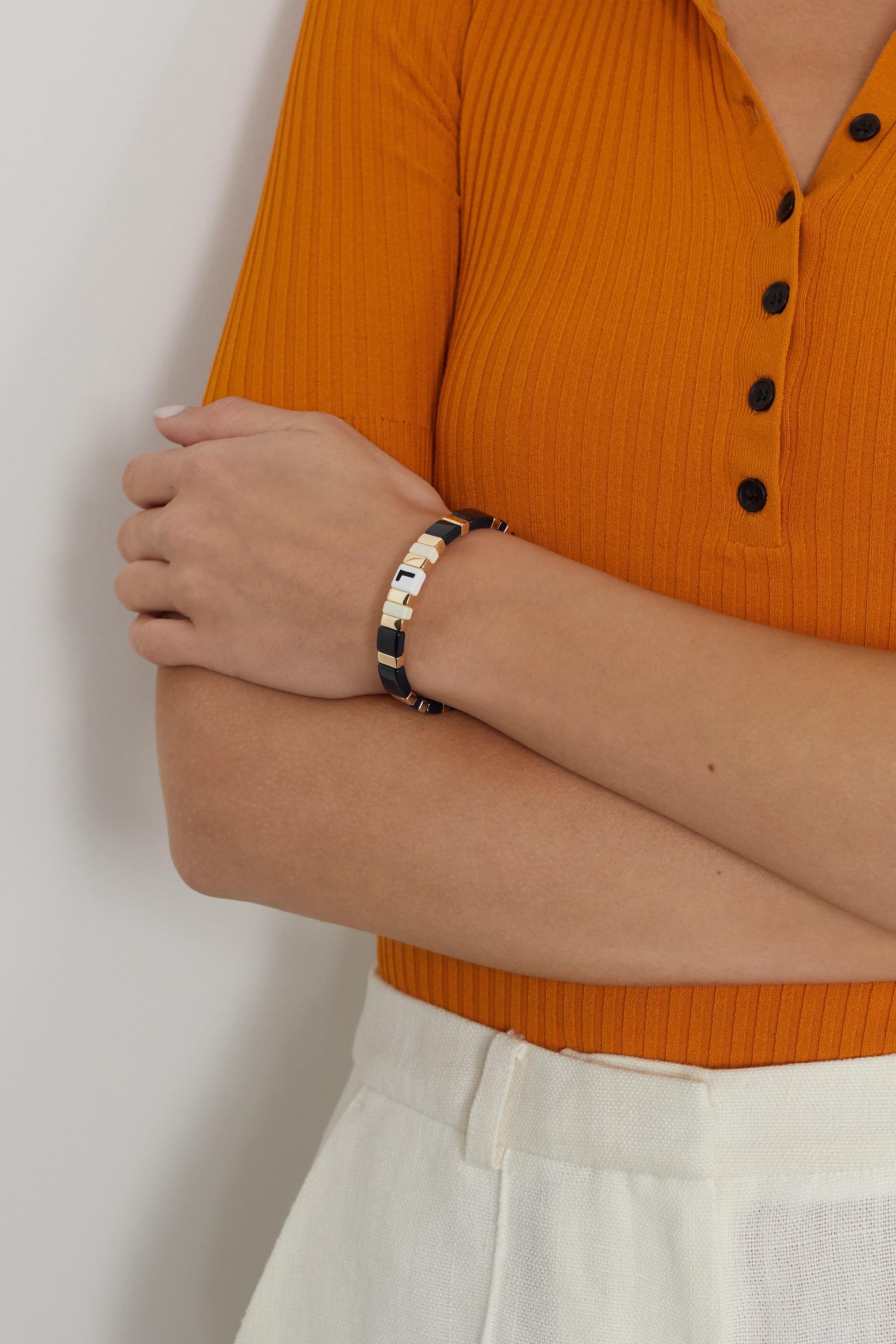 Roxanne Assoulin Bracelet en métal doré et émail Alphabet Soup Neutral