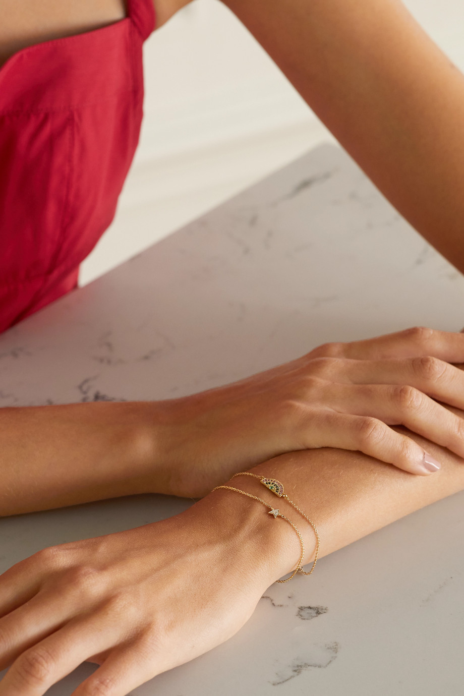 Andrea Fohrman Mini Star Armband aus 14 Karat Gold mit Diamanten