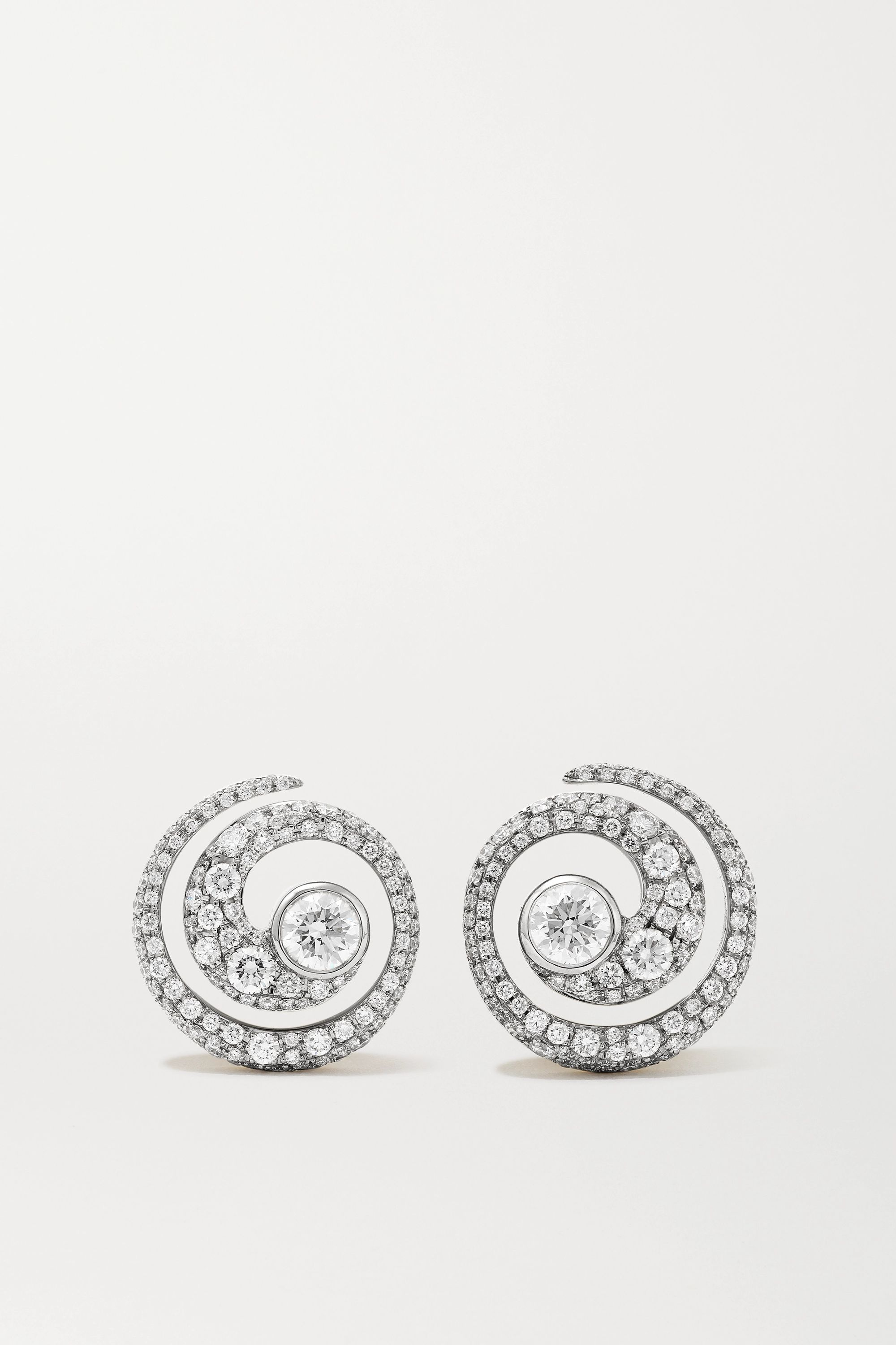 Jessica McCormack 18-karat white and yellow gold diamond earrings