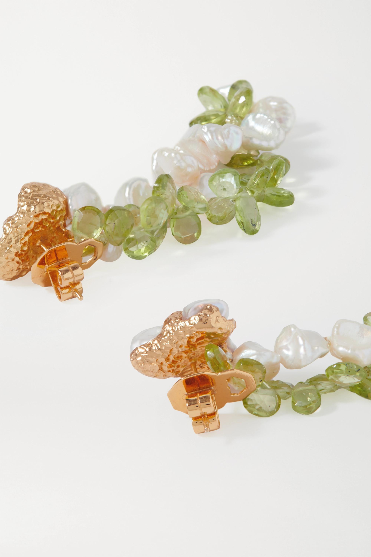 Pacharee Spring Vine vergoldete Ohrringe mit Perlen und Peridoten