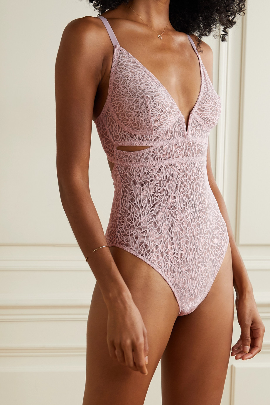 ELSE Zoe Body aus Stretch-Mesh mit Cut-outs