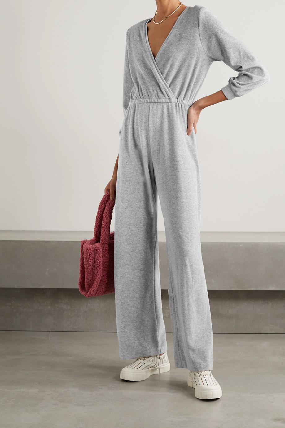 Suzie Kondi Jumpsuit aus Velours aus einer Baumwollmischung mit Wickeleffekt