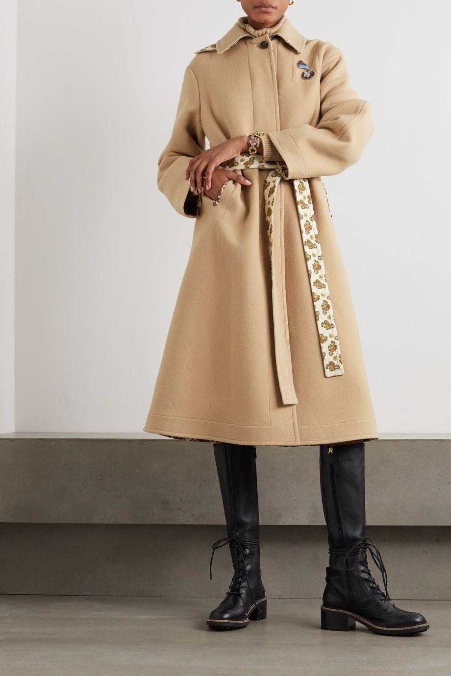 Chloé Mantel aus einer Schurwoll-Kaschmirmischung mit Bindegürtel und Verzierungen