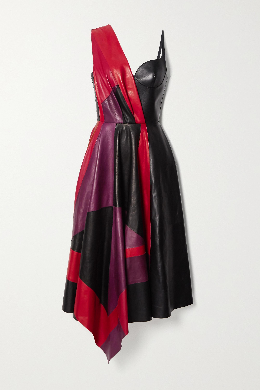 Alexander McQueen Asymmetrisches Kleid aus Leder in Colour-Block-Optik