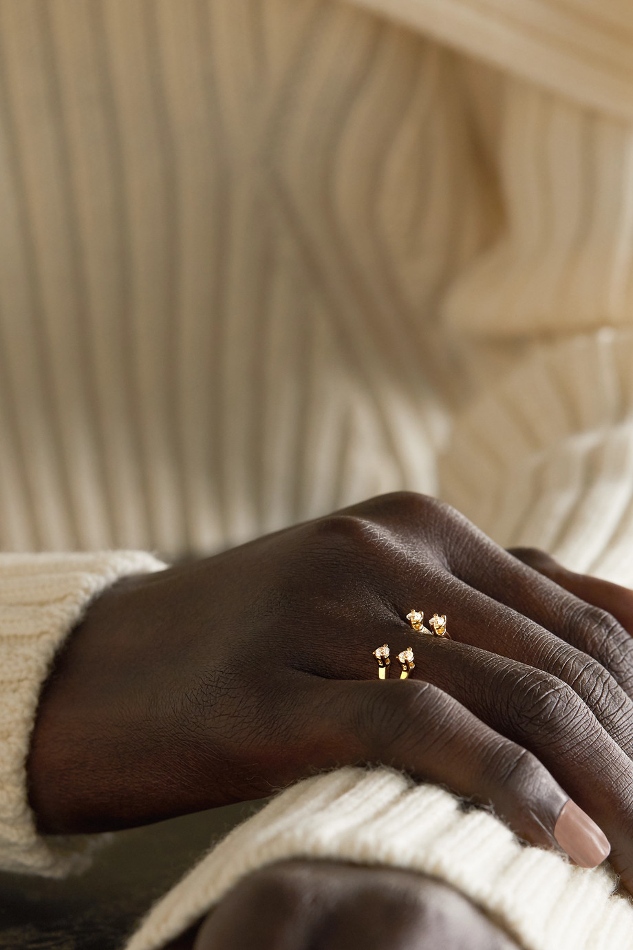 Delfina Delettrez 18-karat gold diamond ring