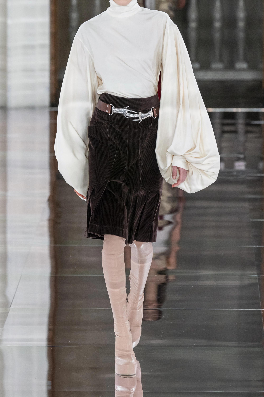 Victoria Beckham Bluse aus Seiden-Crêpe mit Stehkragen