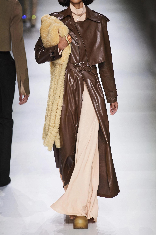 Bottega Veneta Belted leather trench coat