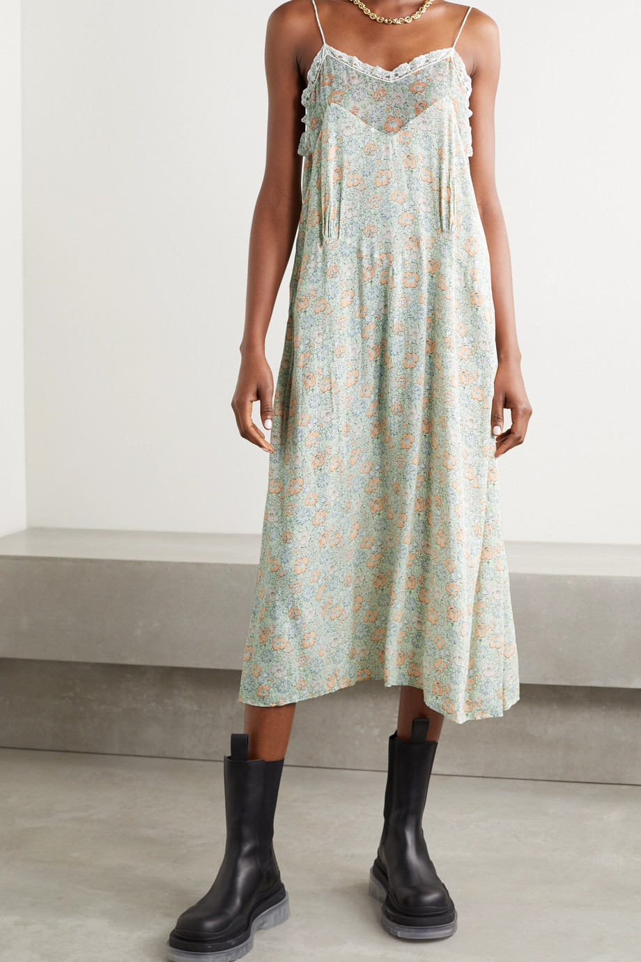 Gucci + Liberty London silk-chiffon and lace-trimmed floral-print crepe midi dress