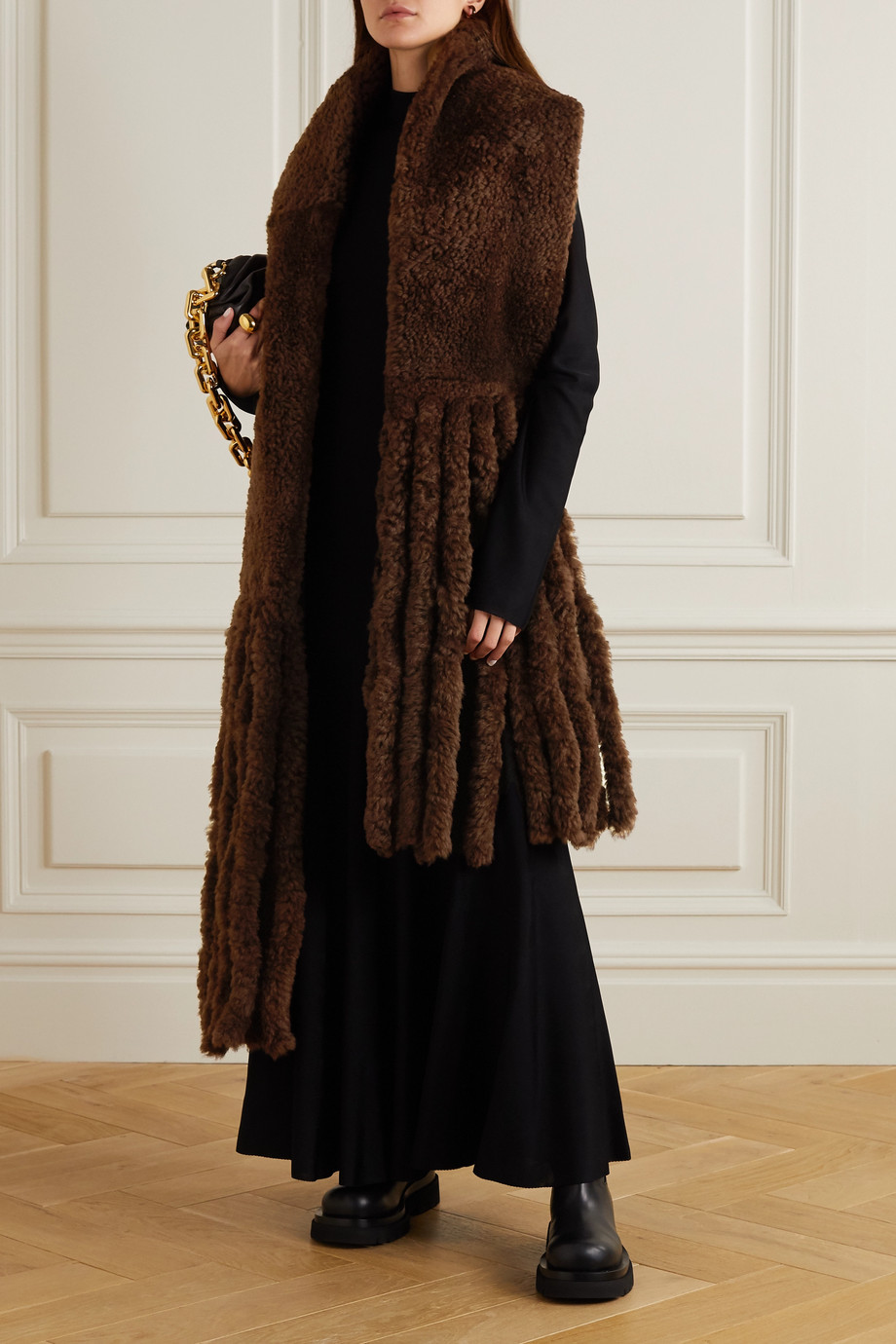 Bottega Veneta Oversized-Schal aus Shearling mit Fransen