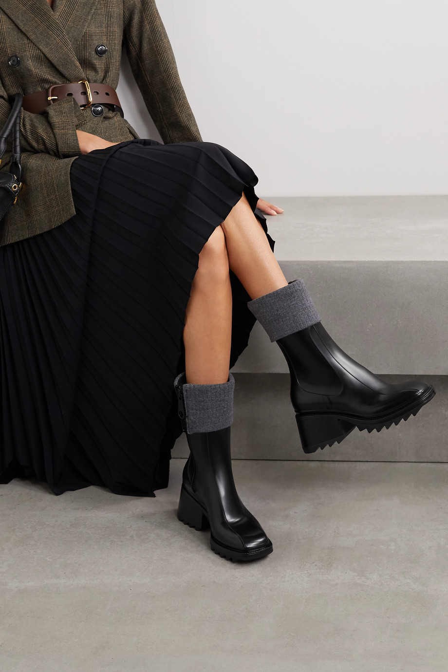 Chloé Betty ribbed-knit and rubber boots