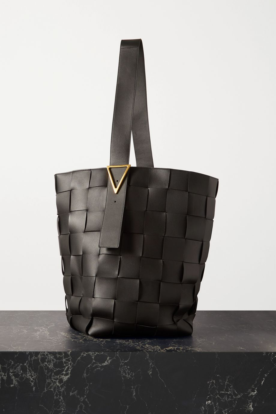 Bottega Veneta Cassette large intrecciato leather tote