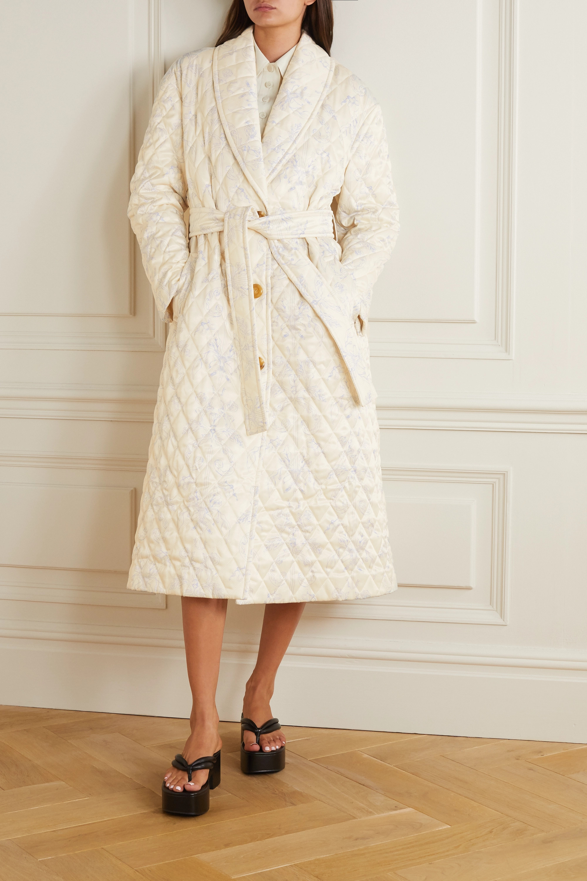 MINJUKIM Belted quilted printed satin coat