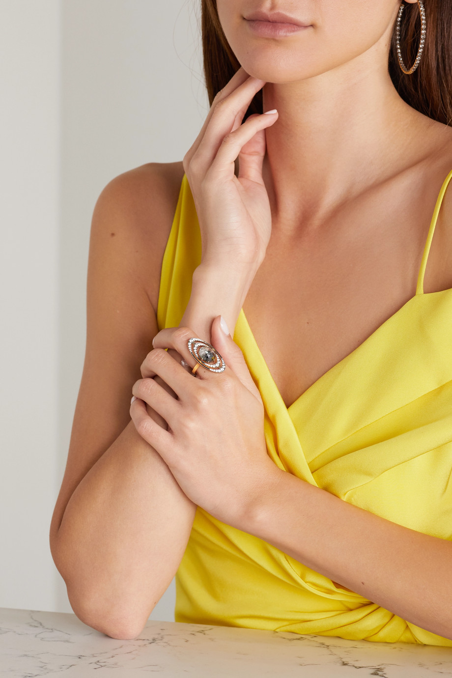 Sylva & Cie Orbit 18-karat white and yellow gold diamond ring