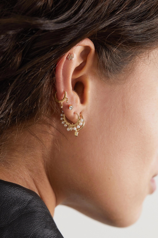 MARIA TASH Scalloped 2,5 mm Ohrring aus 18 Karat Gold mit Diamant