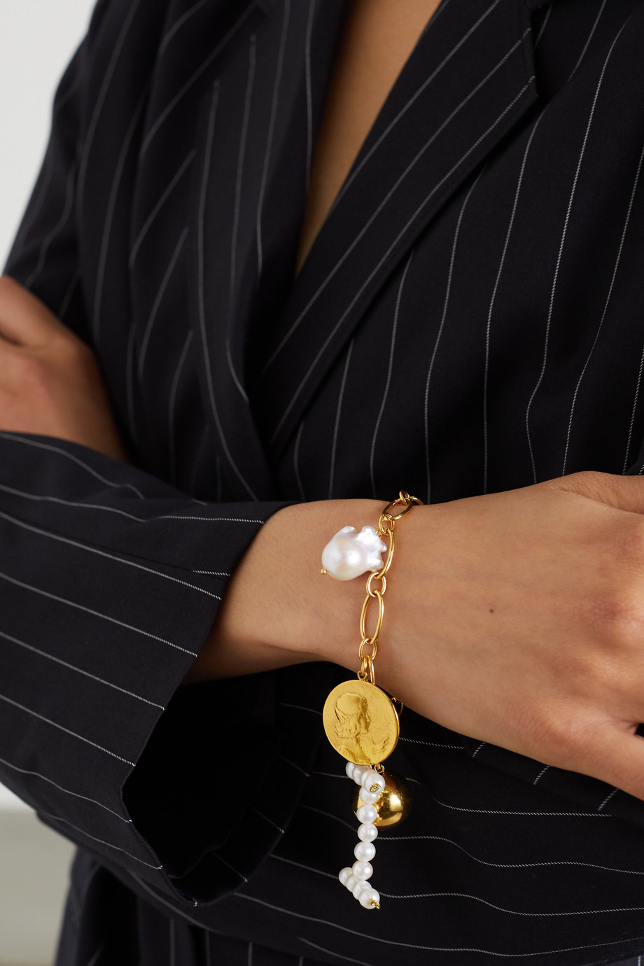 Timeless Pearly Gold-tone pearl bracelet