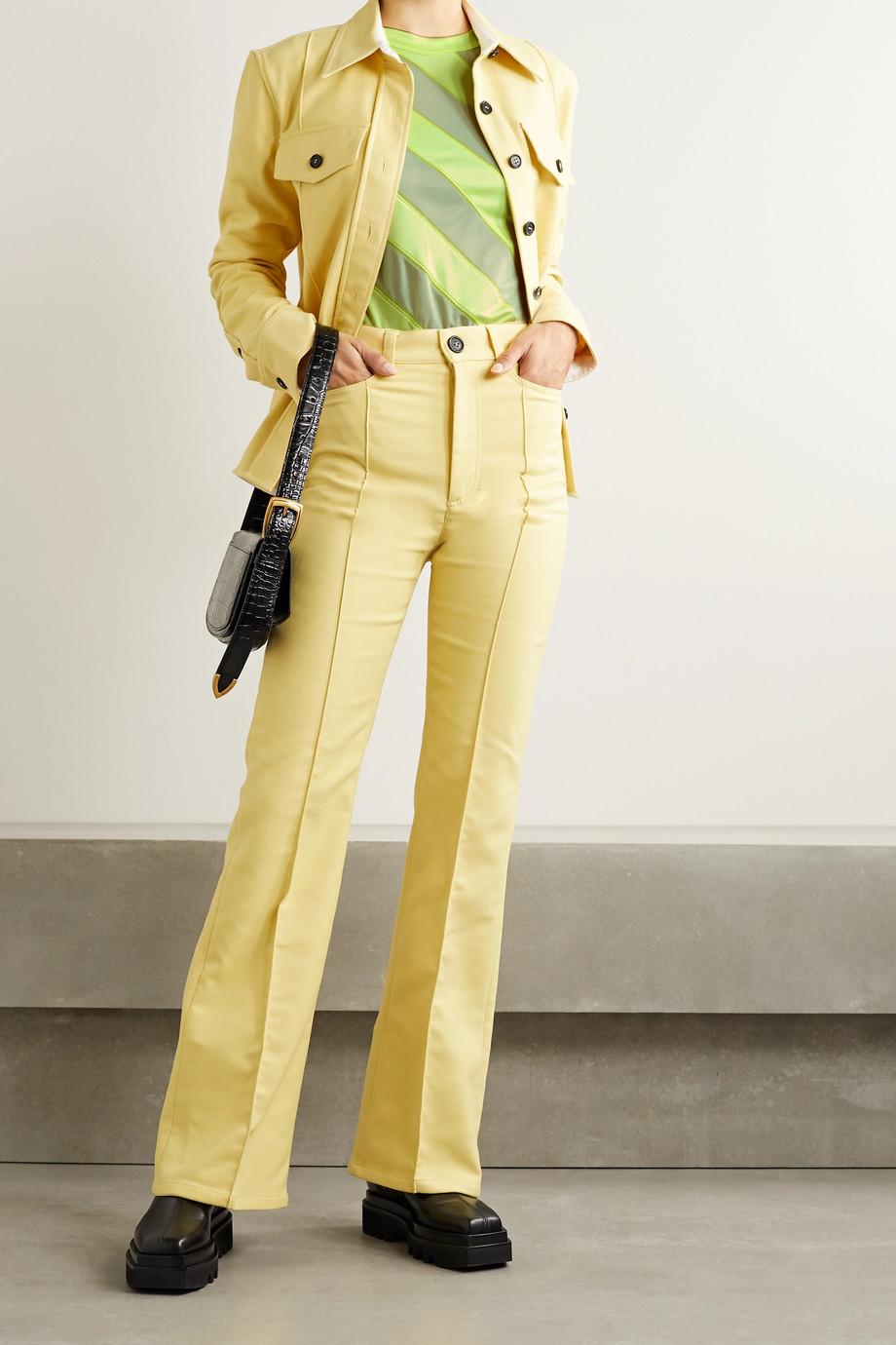 Meryll Rogge Neonfarbenes Oberteil aus glänzendem Jersey und Mesh