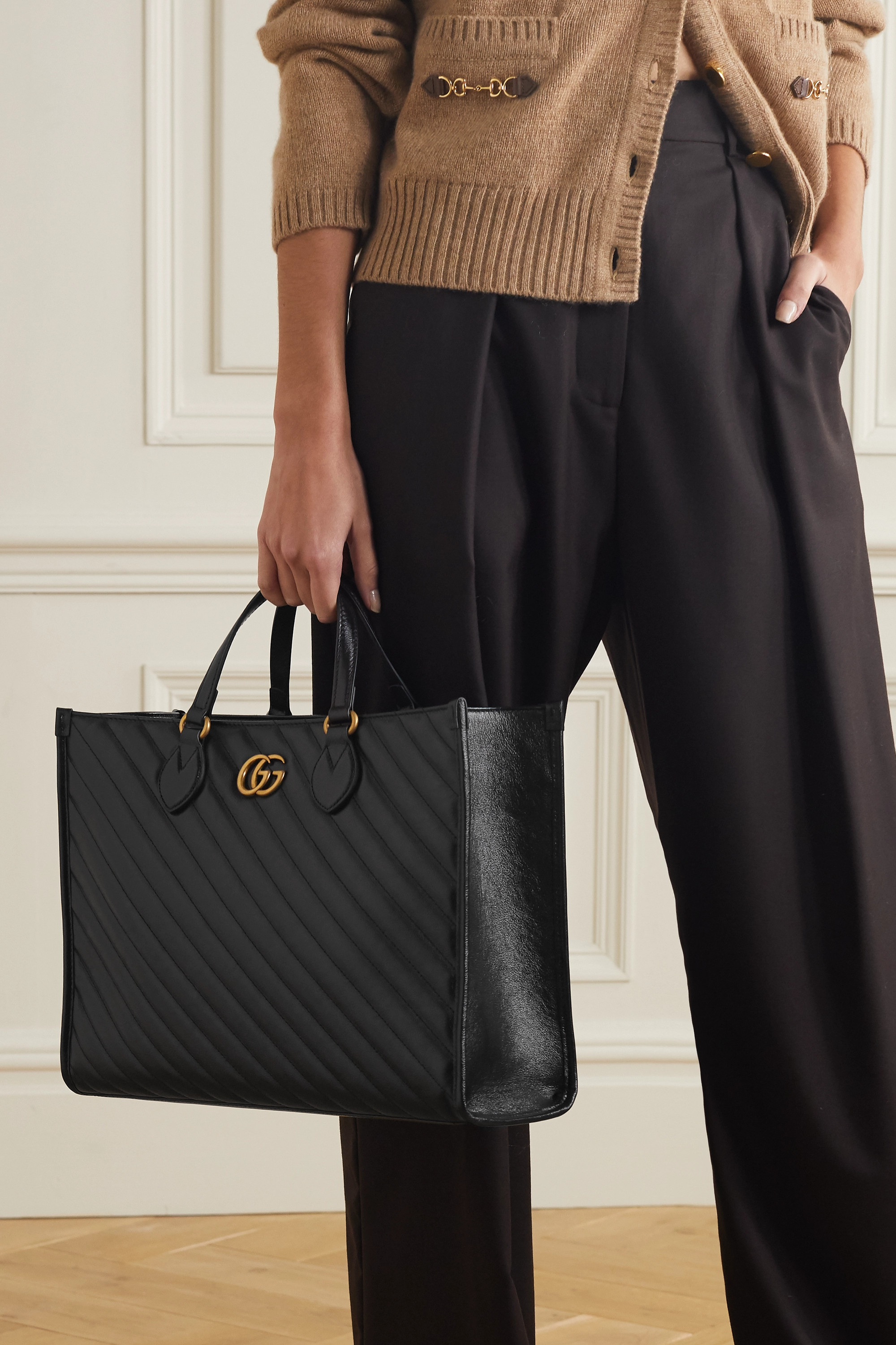 Gucci GG Marmont medium quilted leather tote
