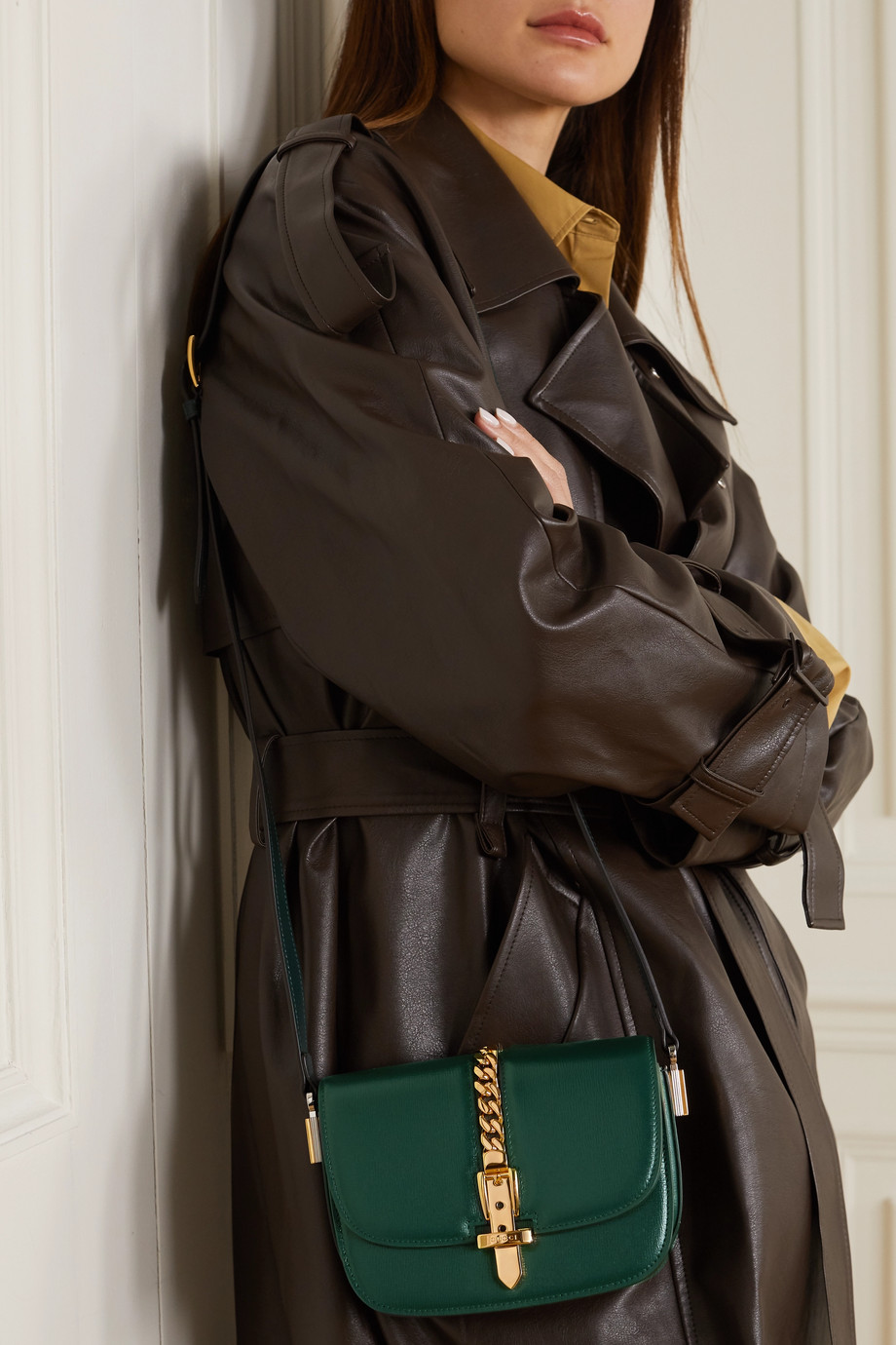 Gucci Sylvie 1969 链条缀饰皮革迷你单肩包