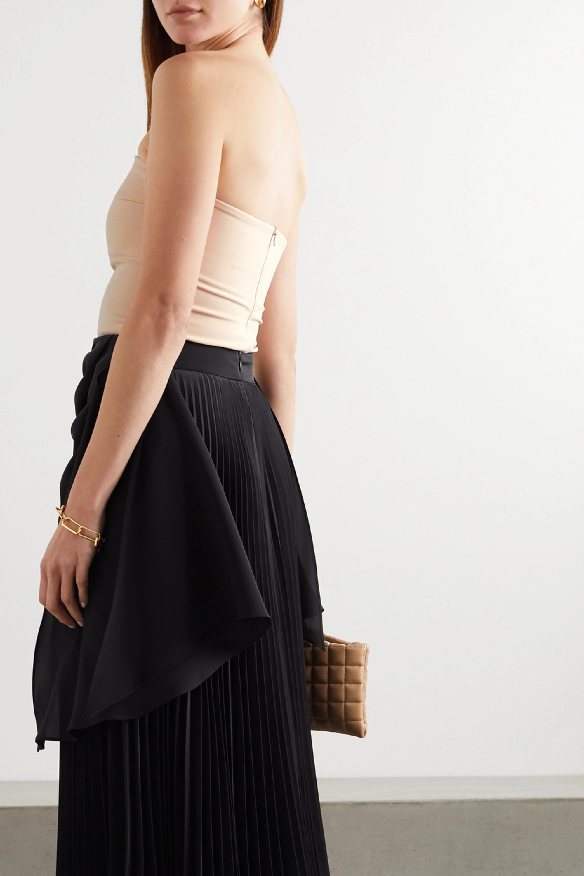 A.W.A.K.E. MODE Strapless crepe top