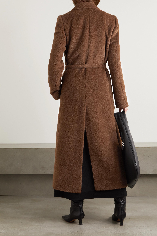 Totême Manteau en alpaga brossé à ceinture