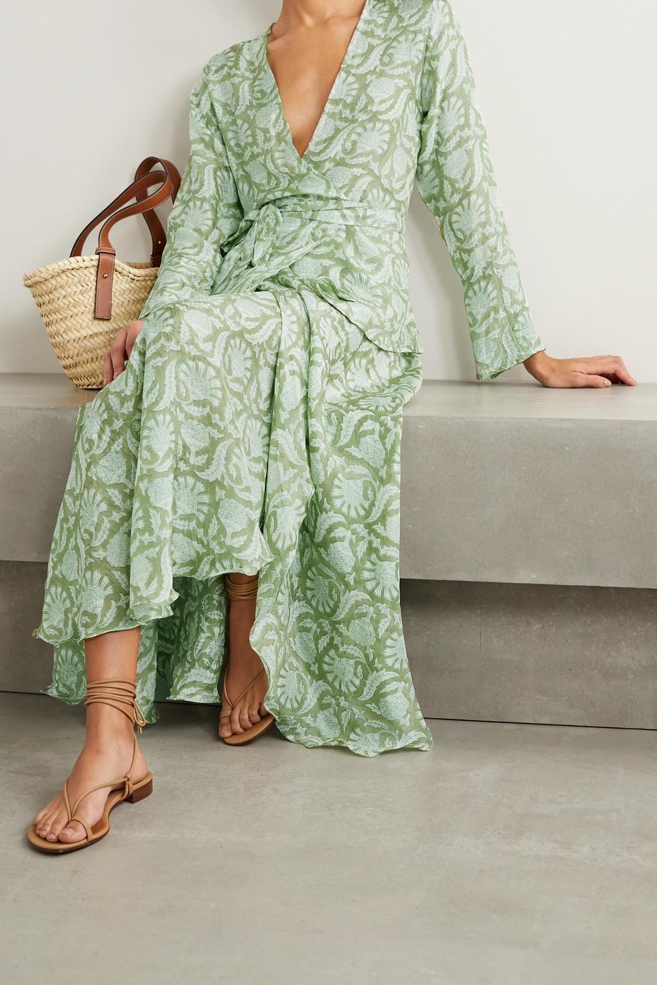 Hannah Artwear + NET SUSTAIN Maya bedruckte Wickelbluse aus Seide