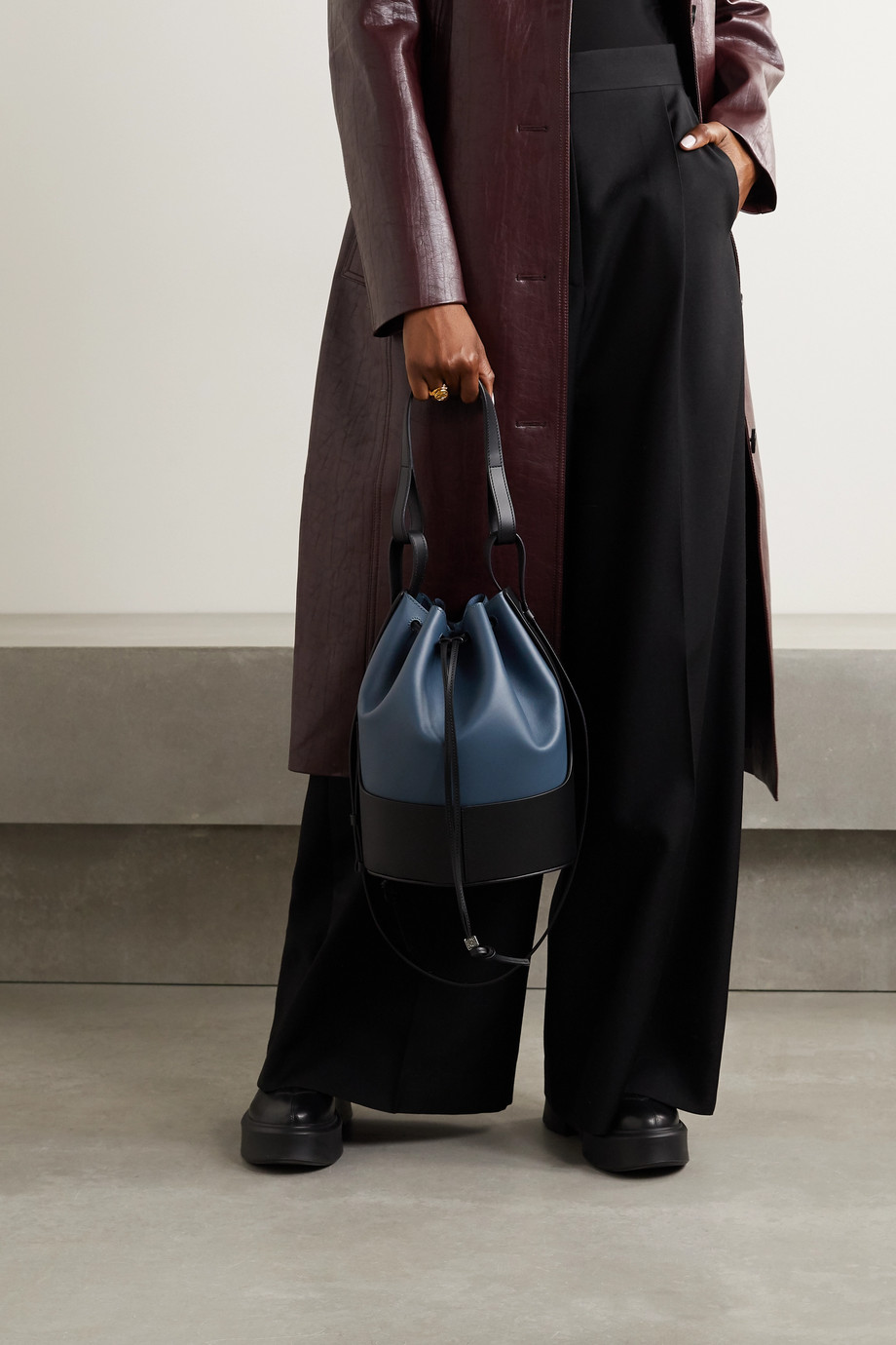 Loewe Balloon medium leather bucket bag