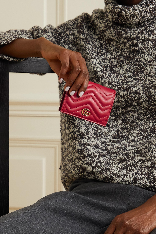 Gucci GG Marmont kleines Portemonnaie aus gestepptem Leder