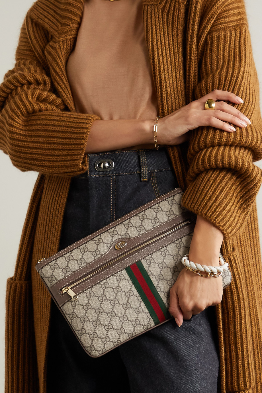 Gucci Ophidia mittelgroßer Beutel aus beschichtetem Canvas mit Besätzen aus strukturiertem Leder