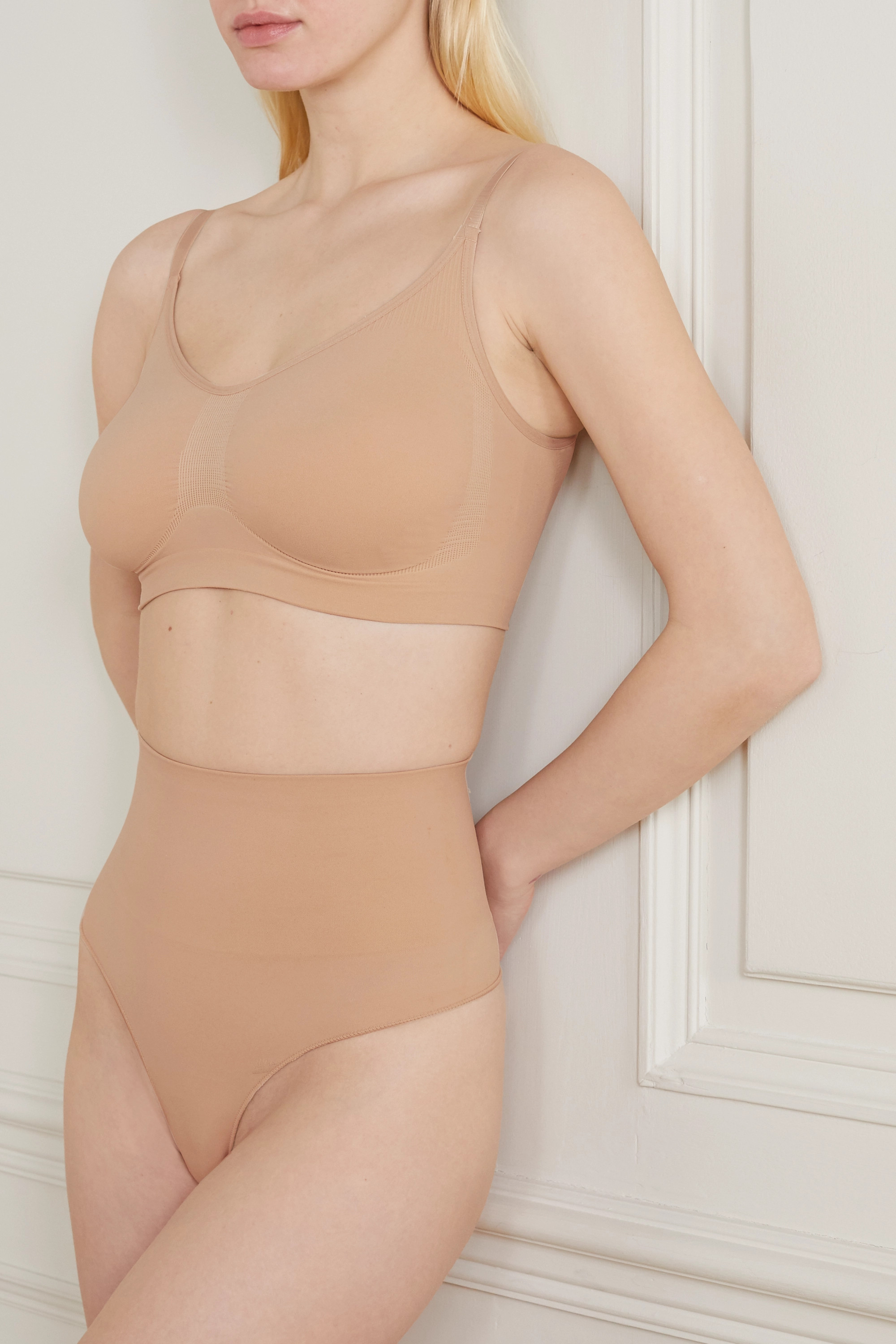 SKIMS Core Control Thong – Clay – String