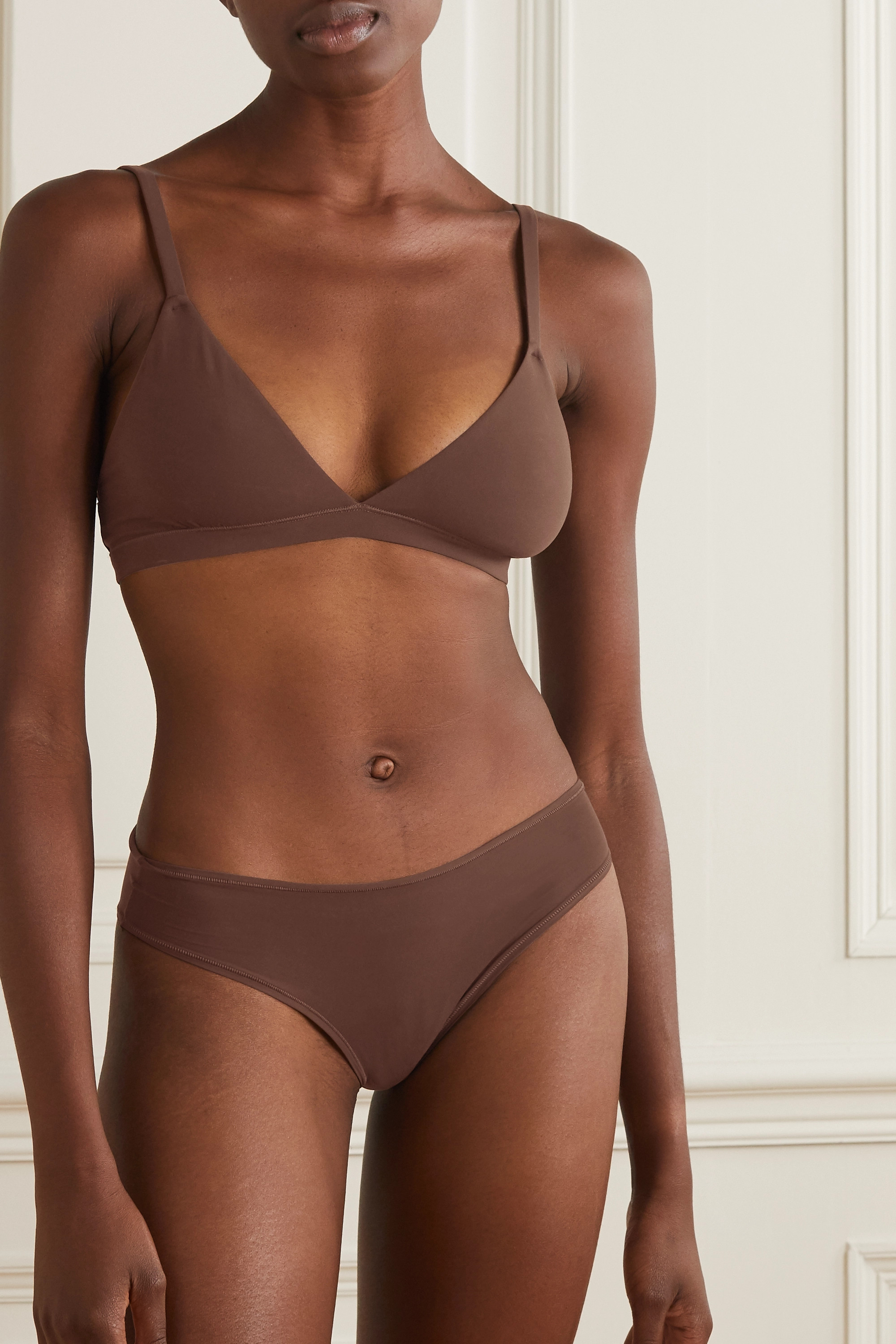 SKIMS Fits Everybody triangle bralette - Cocoa