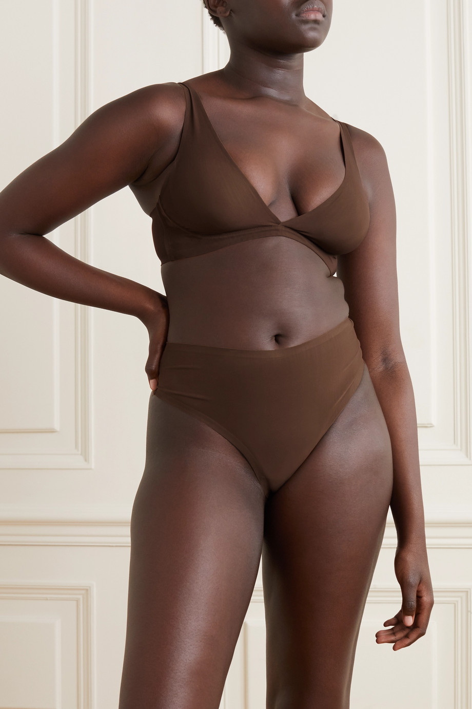 SKIMS Naked High Waisted thong - Smokey Quartz
