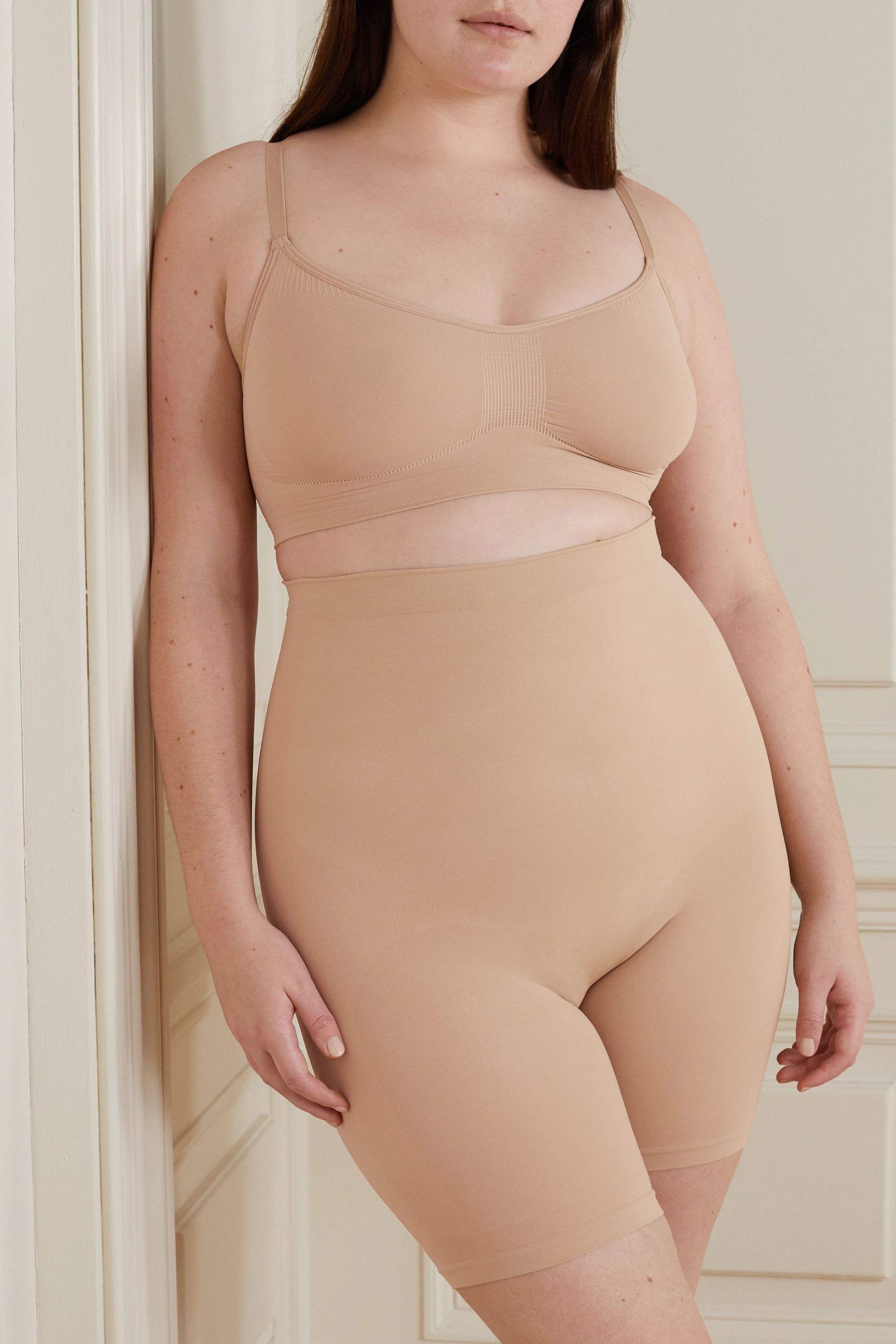SKIMS Seamless Sculpt Sculpting bra - Clay