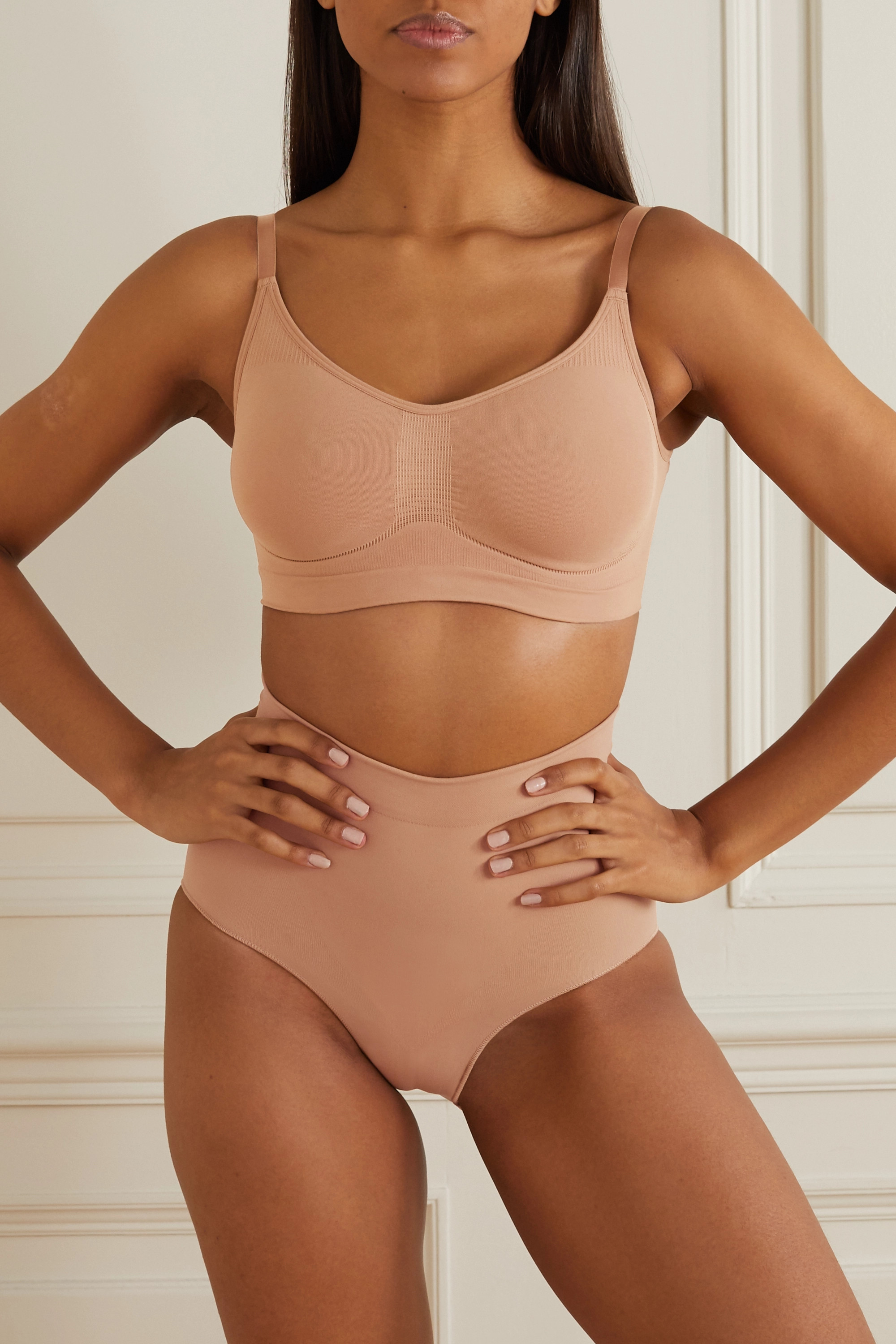 SKIMS Seamless Sculpt Sculpting bra - Ochre