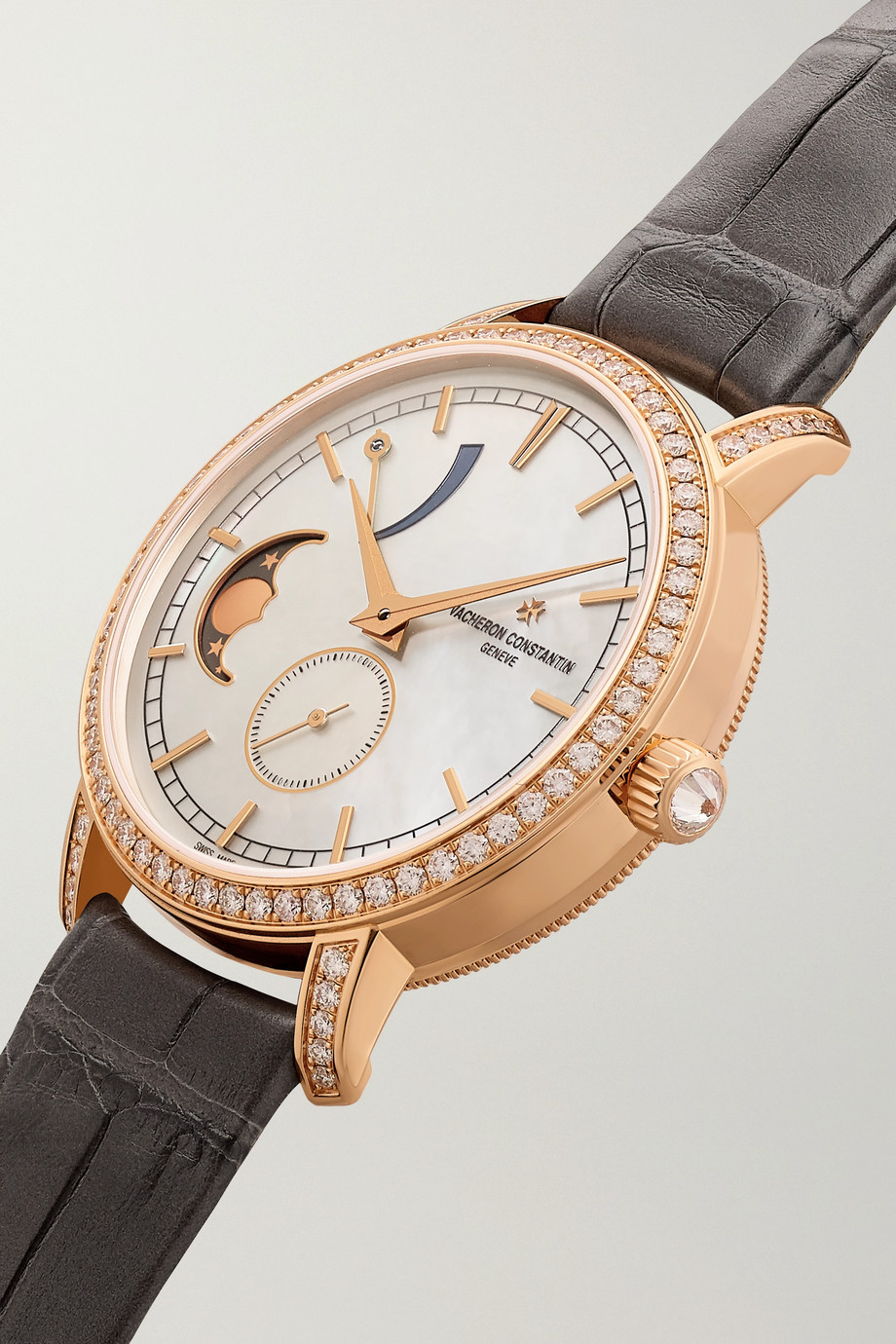 Vacheron Constantin Montre en or rose 18 carats, diamants et nacre à bracelet en alligator Traditionnelle 36 mm