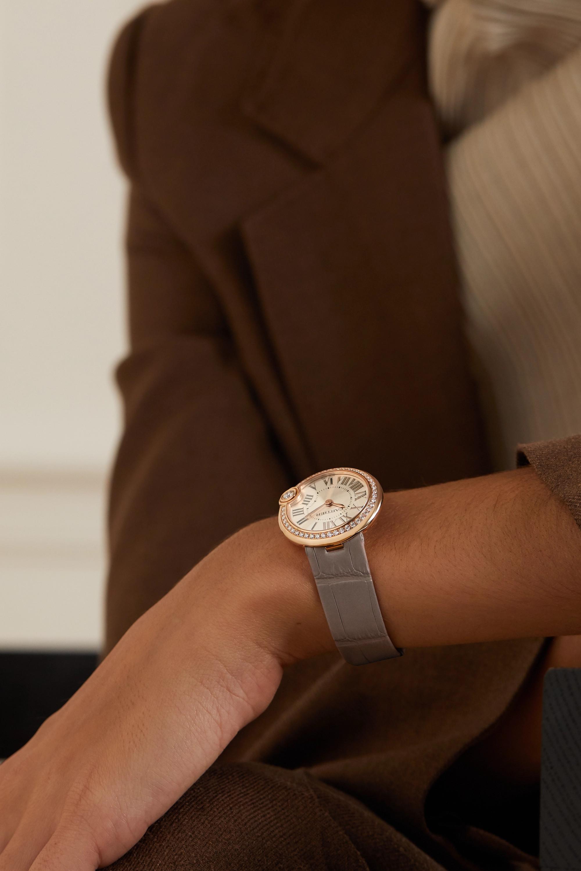 Cartier Ballon Blanc de Cartier 30 毫米 18K 玫瑰金钻石腕表(短吻鳄鱼皮表带)