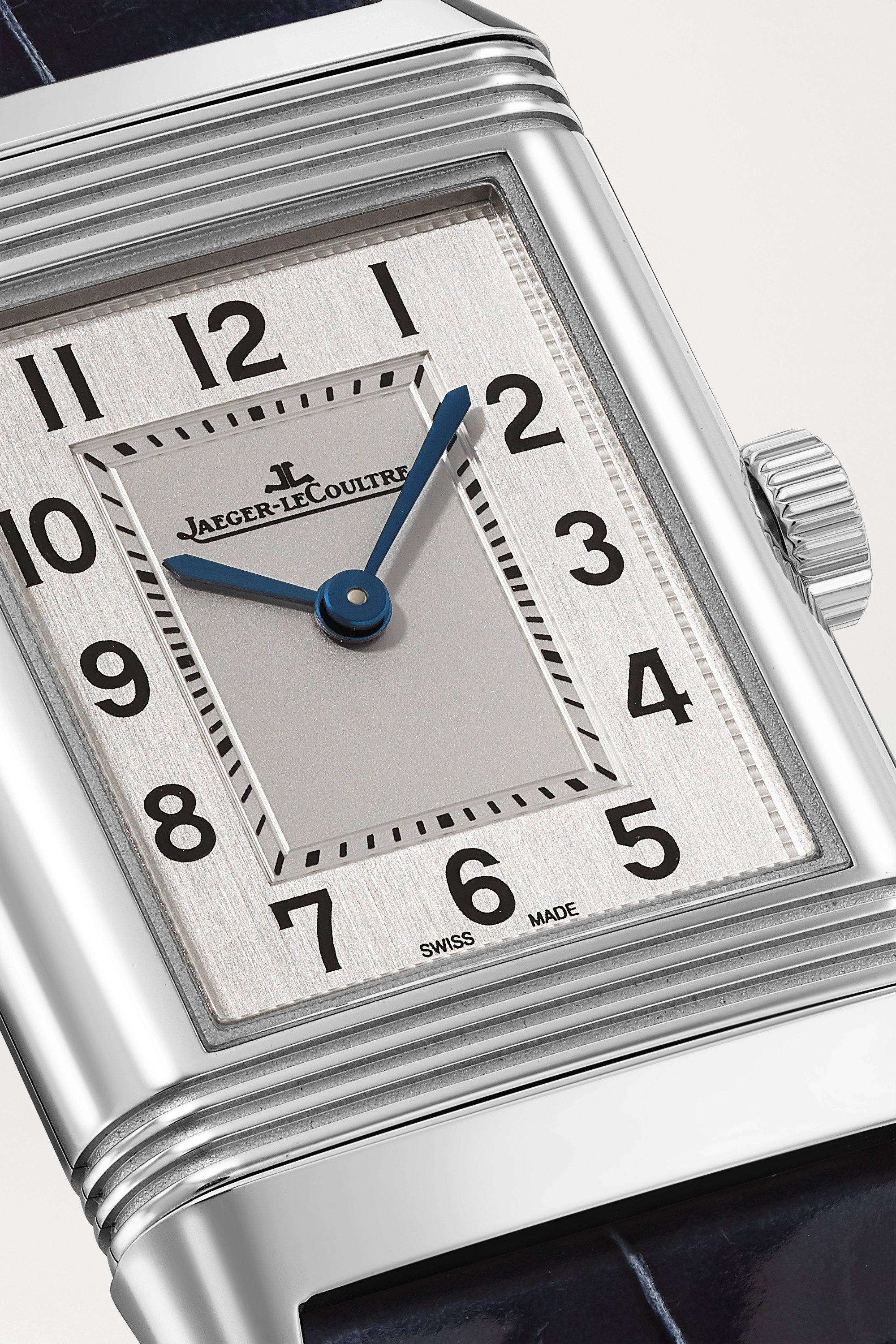 Jaeger-LeCoultre Reverso Classic 21 毫米精钢小号腕表(短吻鳄鱼皮表带)