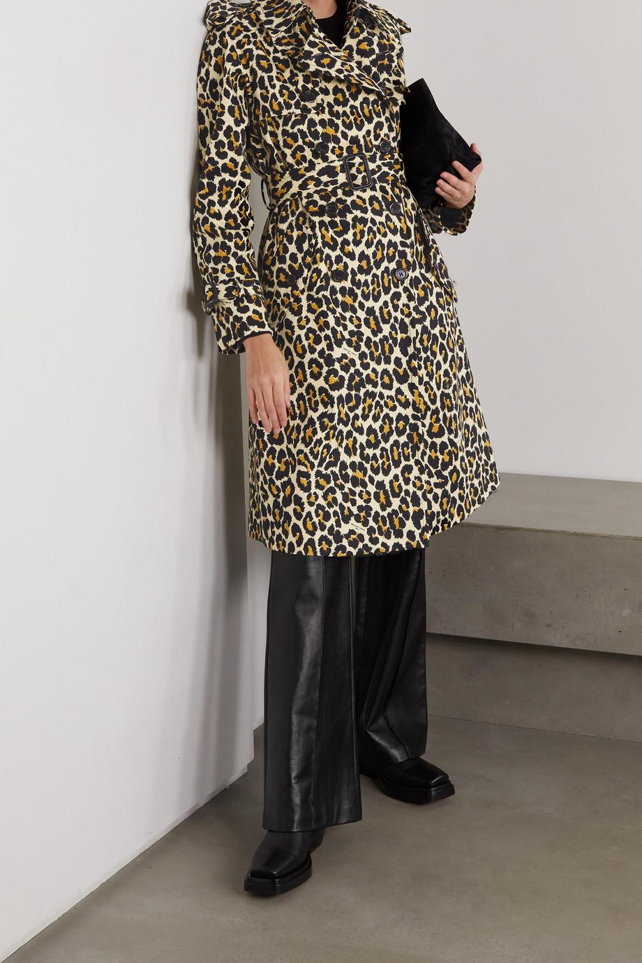 THE Marc Jacobs Manteau à double boutonnage en jean à imprimé léopard et à ceinture The Trench