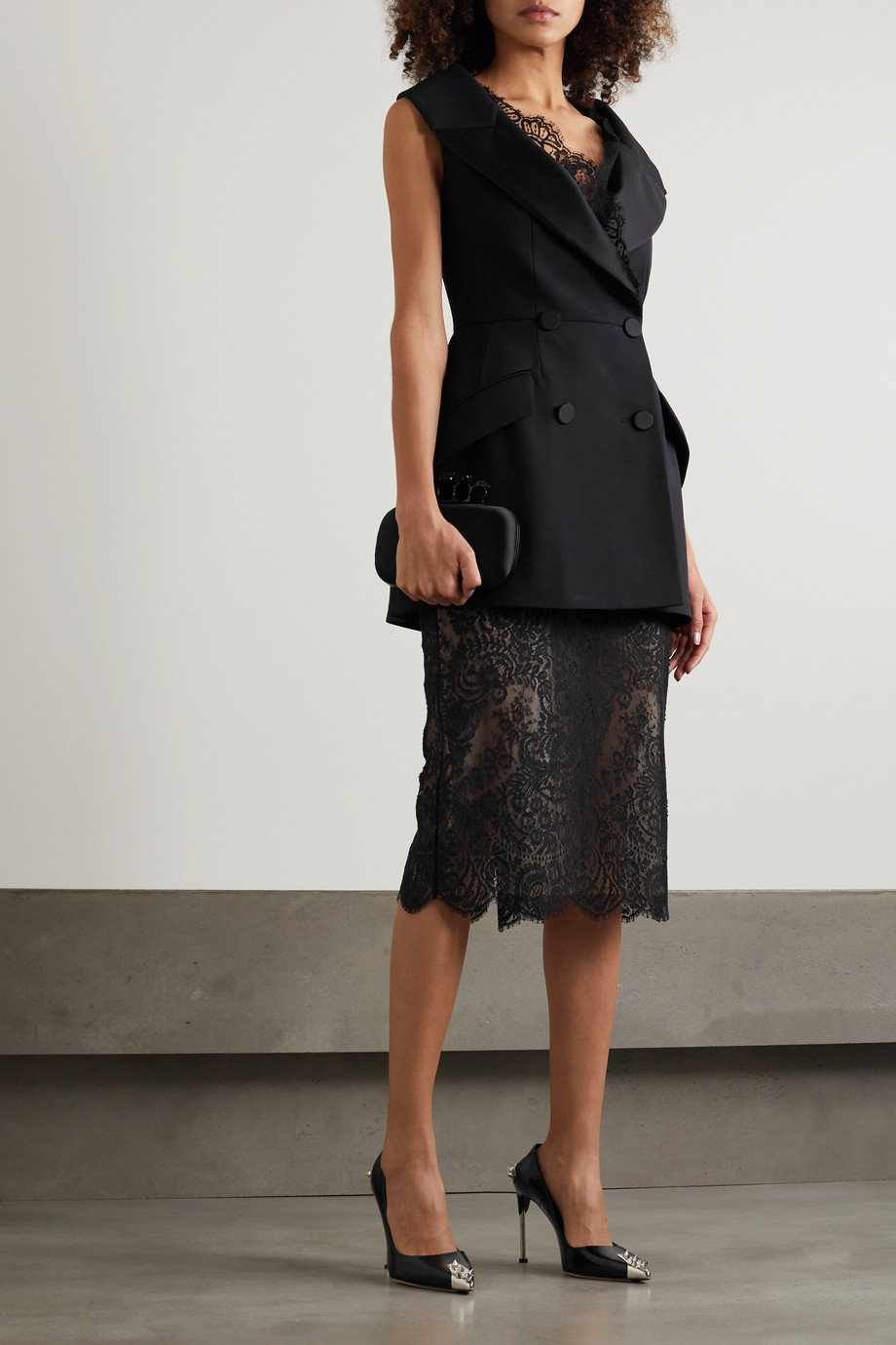 Alexander McQueen Grosgrain-trimmed cotton-blend lace skirt
