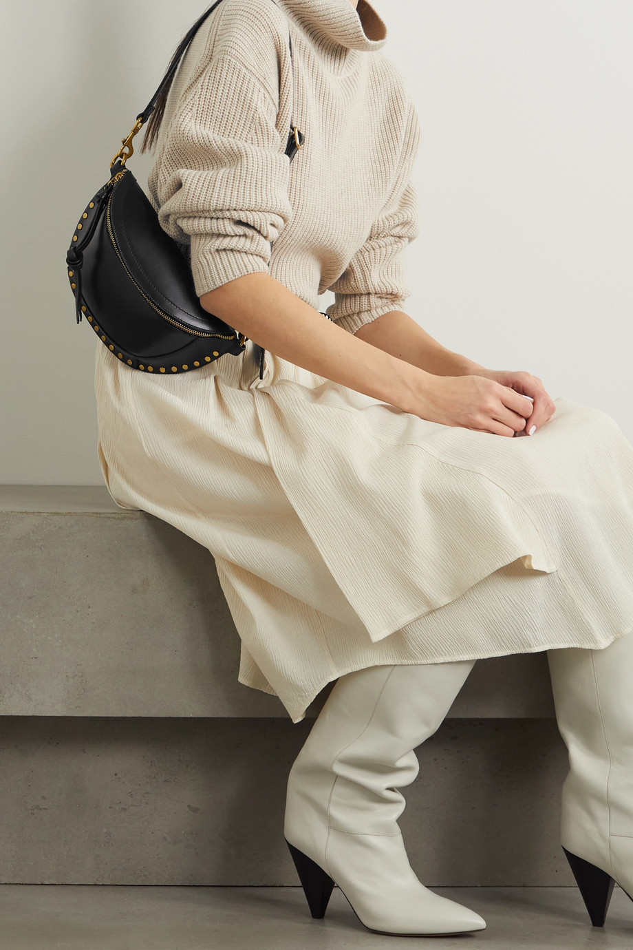 Isabel Marant Skano Gürteltasche aus Leder mit Nieten