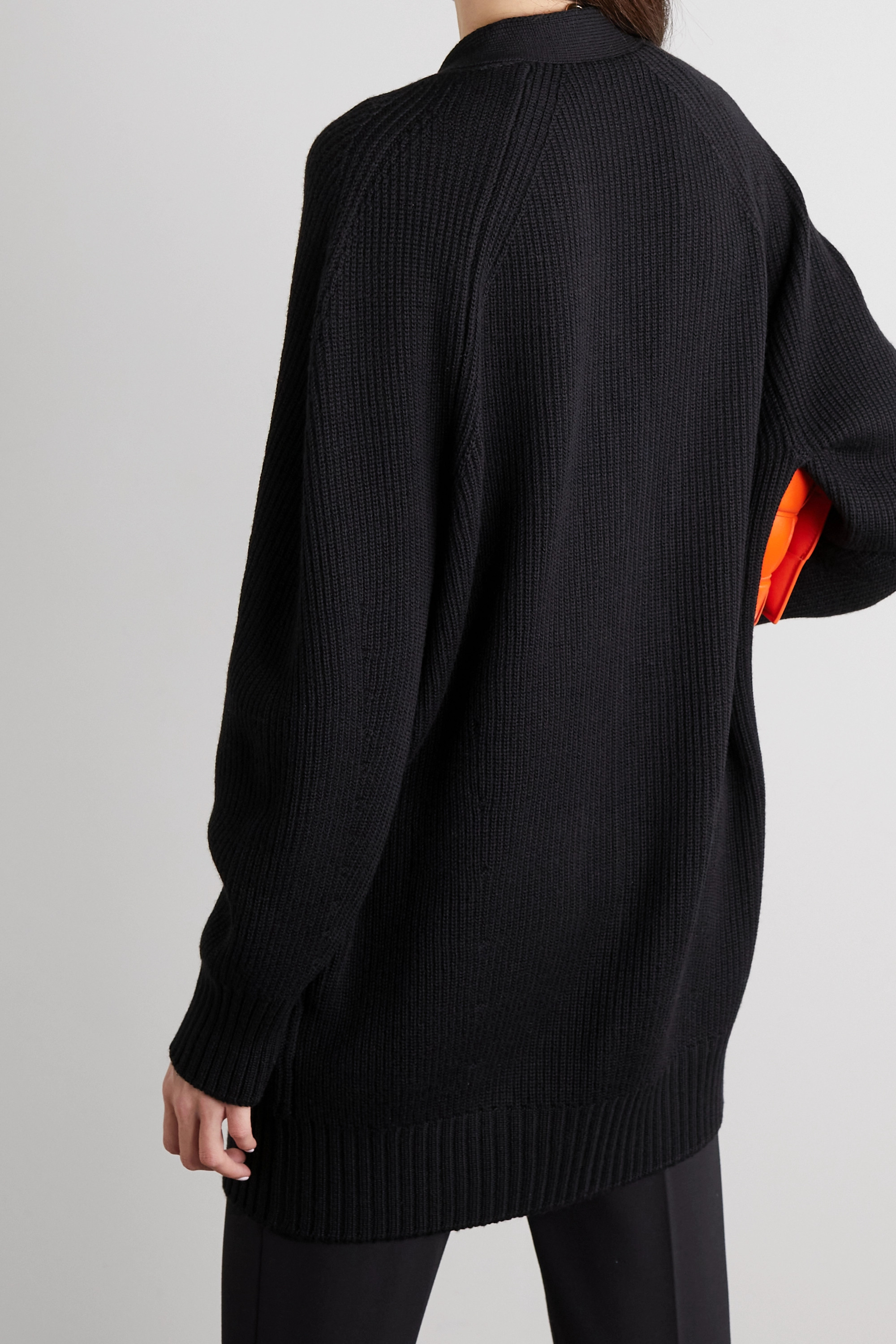 Versace Cardigan en laine côtelée à ornements