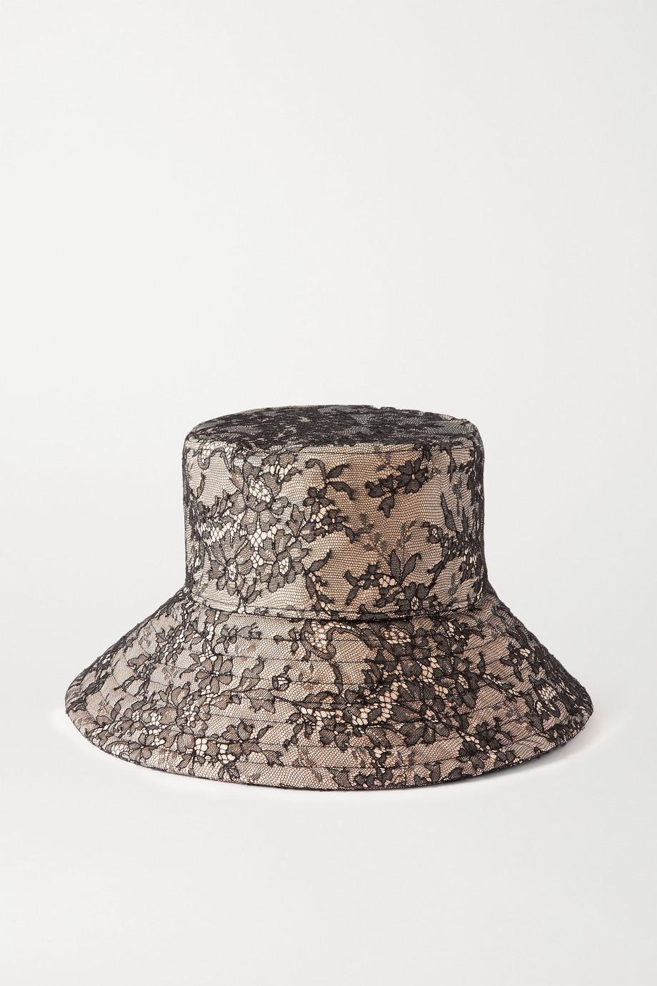 Valentino Fischerhut aus Spitze und Canvas