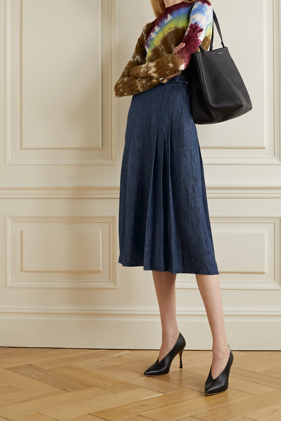 Gabriela Hearst Lerna pleated linen-chambray midi skirt