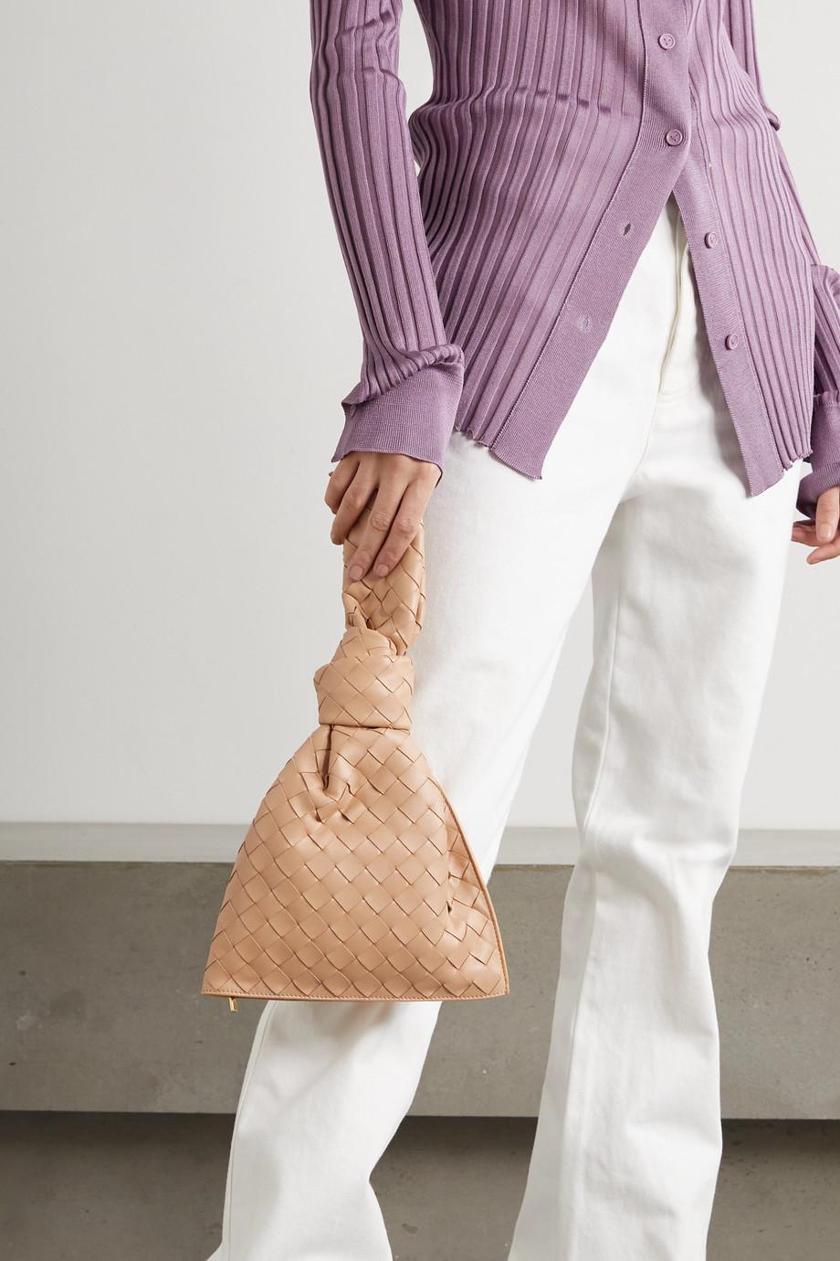 Bottega Veneta The Mini Twist Clutch aus Intrecciato-Leder mit Knoten