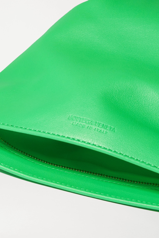 Bottega Veneta The Mini Twist Clutch aus Leder mit Knoten