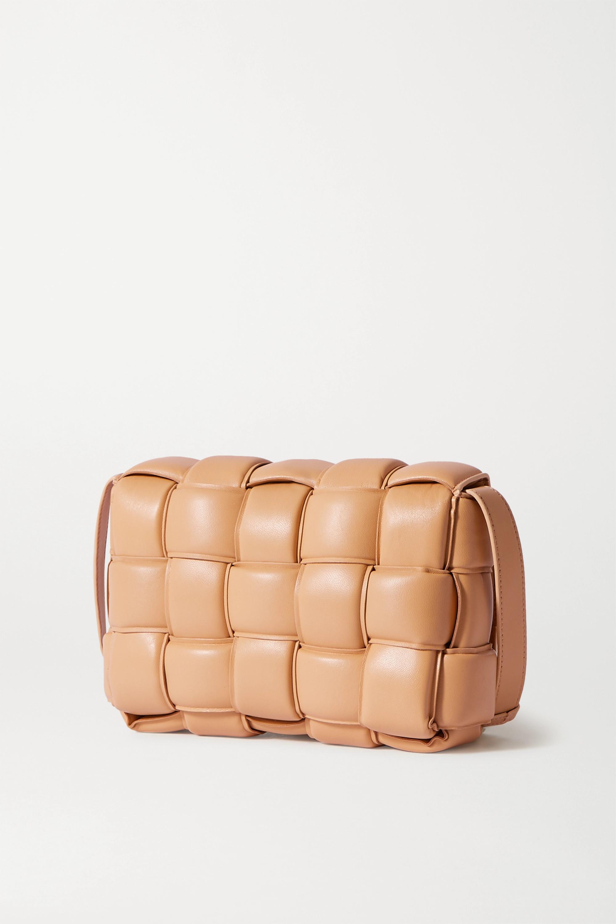 Bottega Veneta Sac porté épaule en cuir intrecciato matelassé Cassette