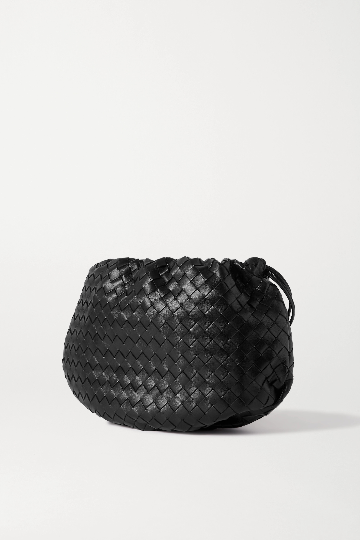 Bottega Veneta The Small Bulb Schultertasche aus Intrecciato-Leder mit Raffungen